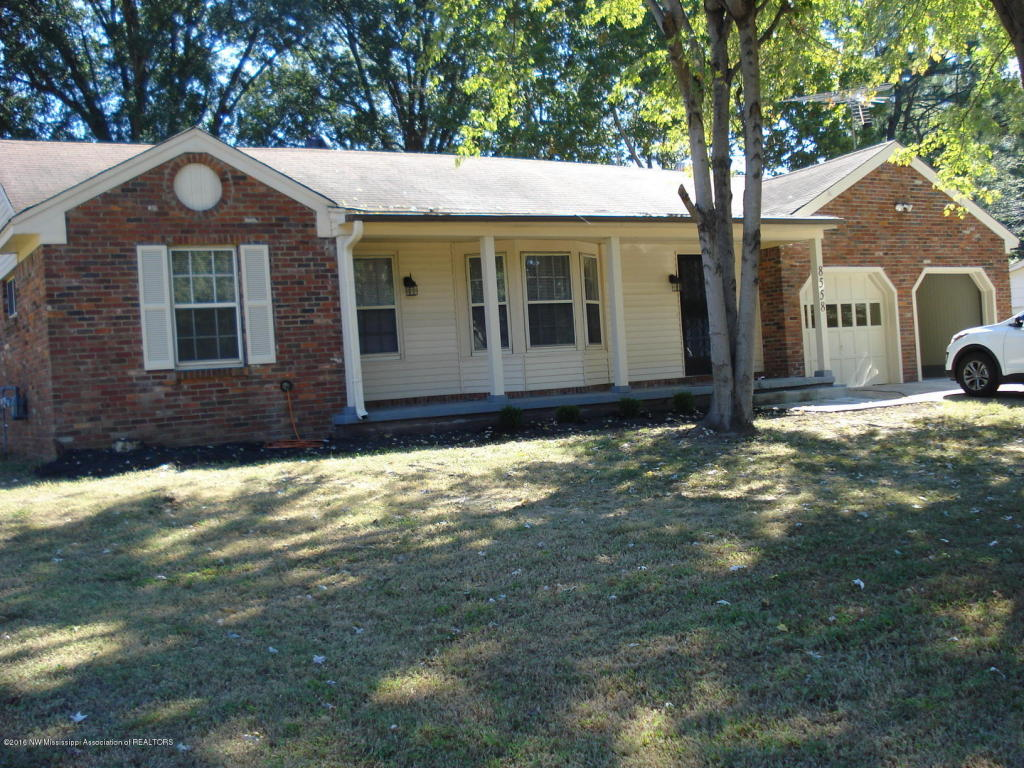 Photo of 8558 Claiborne Cove  Southaven  MS