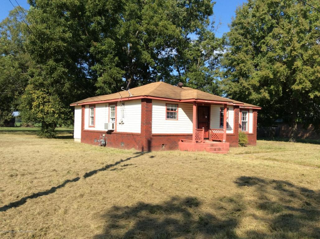921 Dougherty St, Coldwater, MS 38618