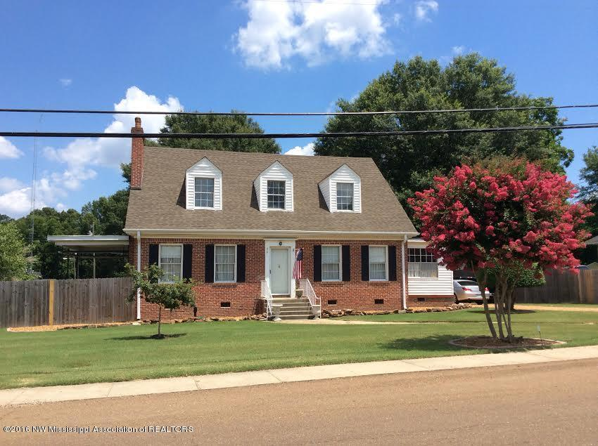470 Central Ave, Coldwater, MS 38618