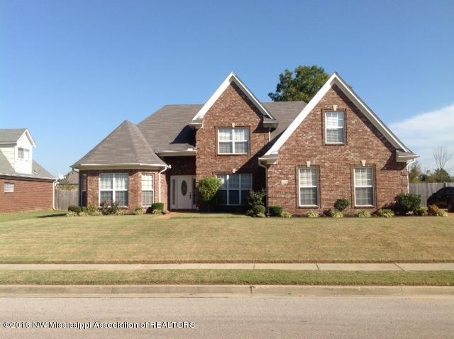 Photo of 8278 WINDSOR Lane  Southaven  MS