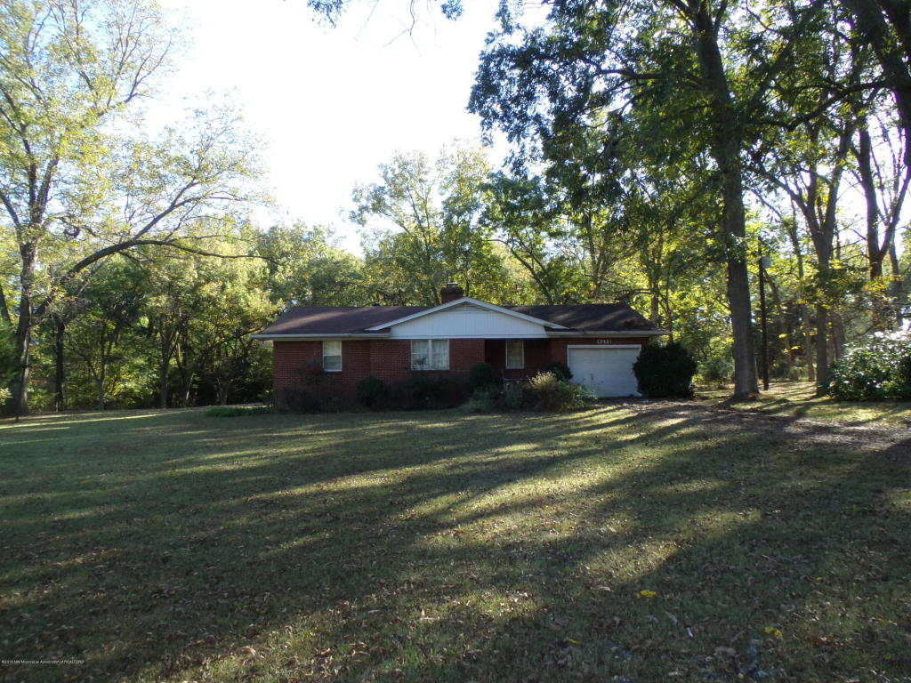 Photo of 4695 PECAN Avenue  Horn Lake  MS
