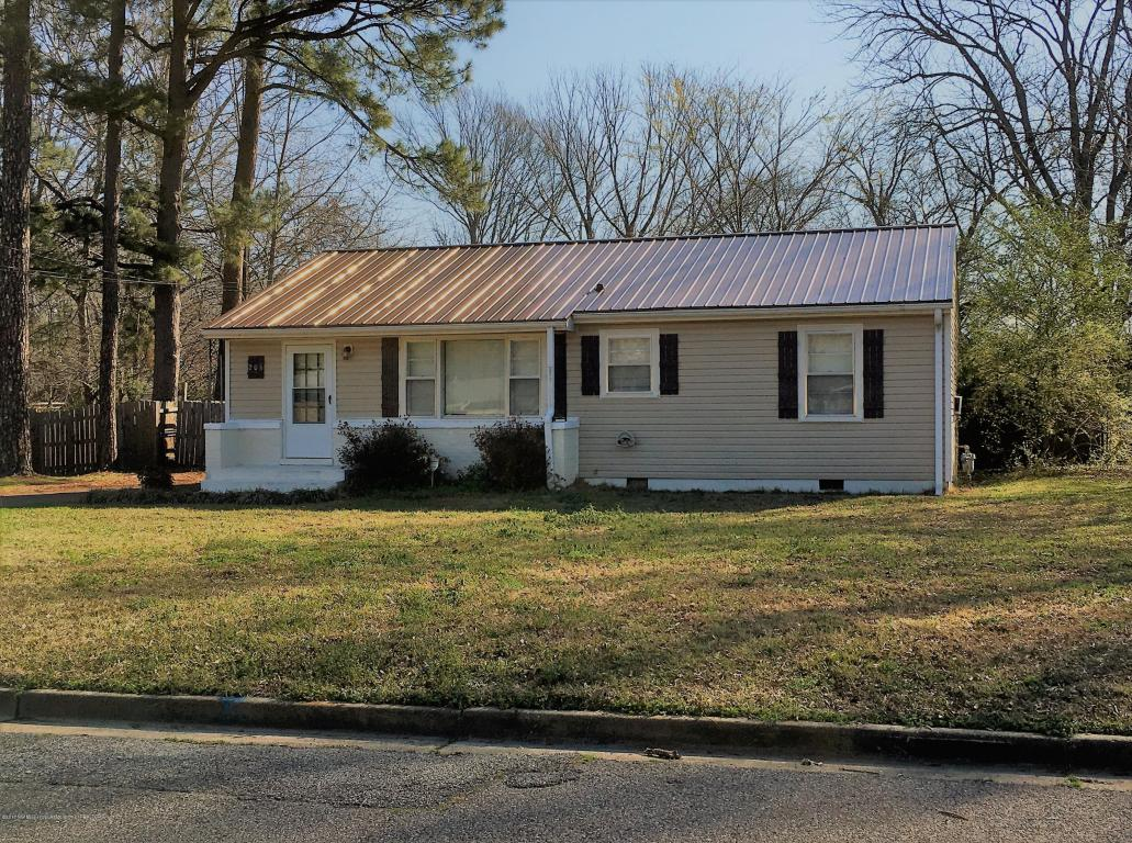 Photo of 206 Glendale Street  Senatobia  MS