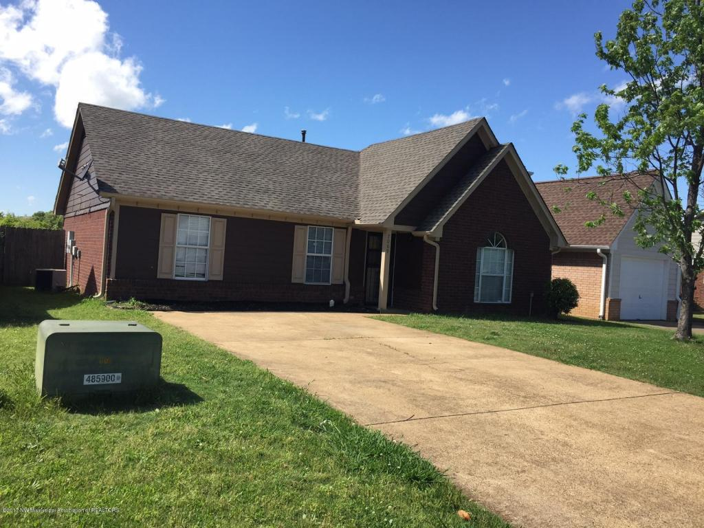 Photo of 7069 Foxhall Drive  Horn Lake  MS