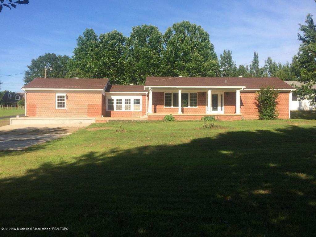 Photo of 808 Palestine Road  Coldwater  MS