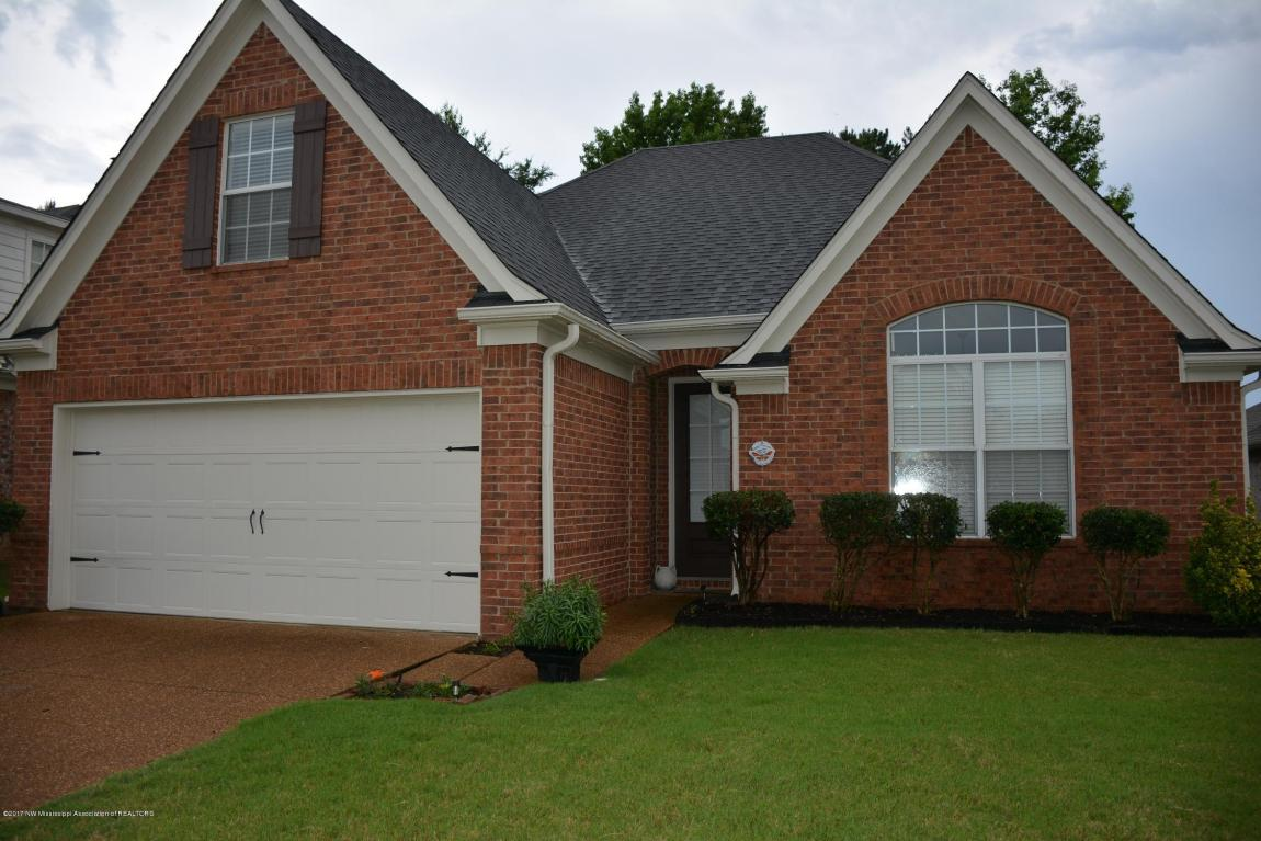 Photo of 5827 E Bedford Loop  Southaven  MS