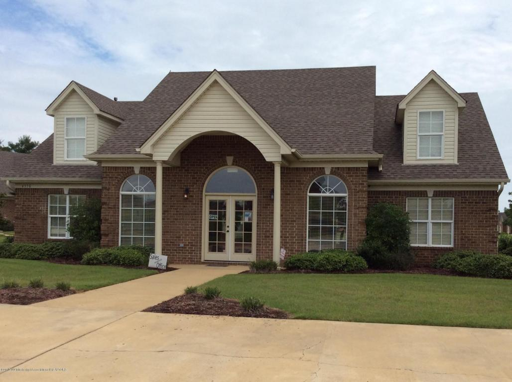 Photo of 3319 Jade Ln  Southaven  MS