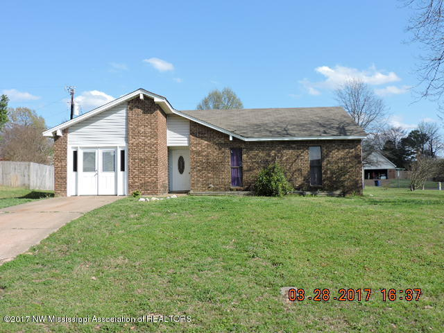 Photo of 6322 Chickasaw Dr  Olive Branch  MS