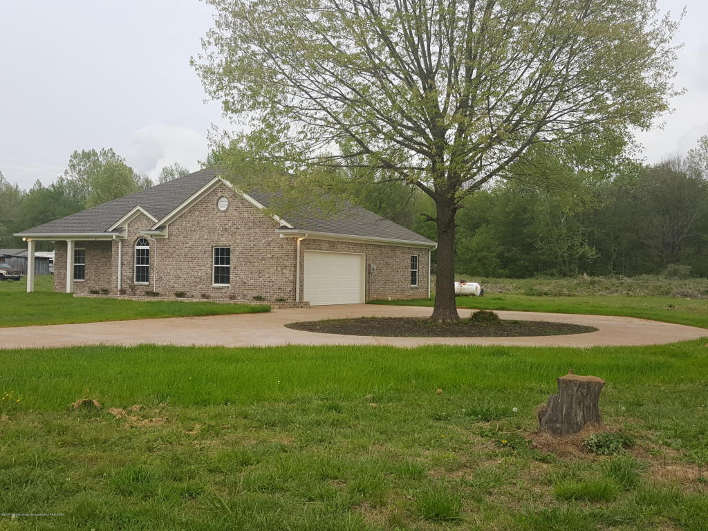 Photo of 12 Brown Hill Road  Byhalia  MS