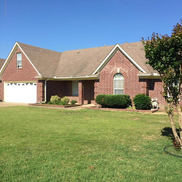 Photo of 6906 N Greyhawk Cove  Olive Branch  MS