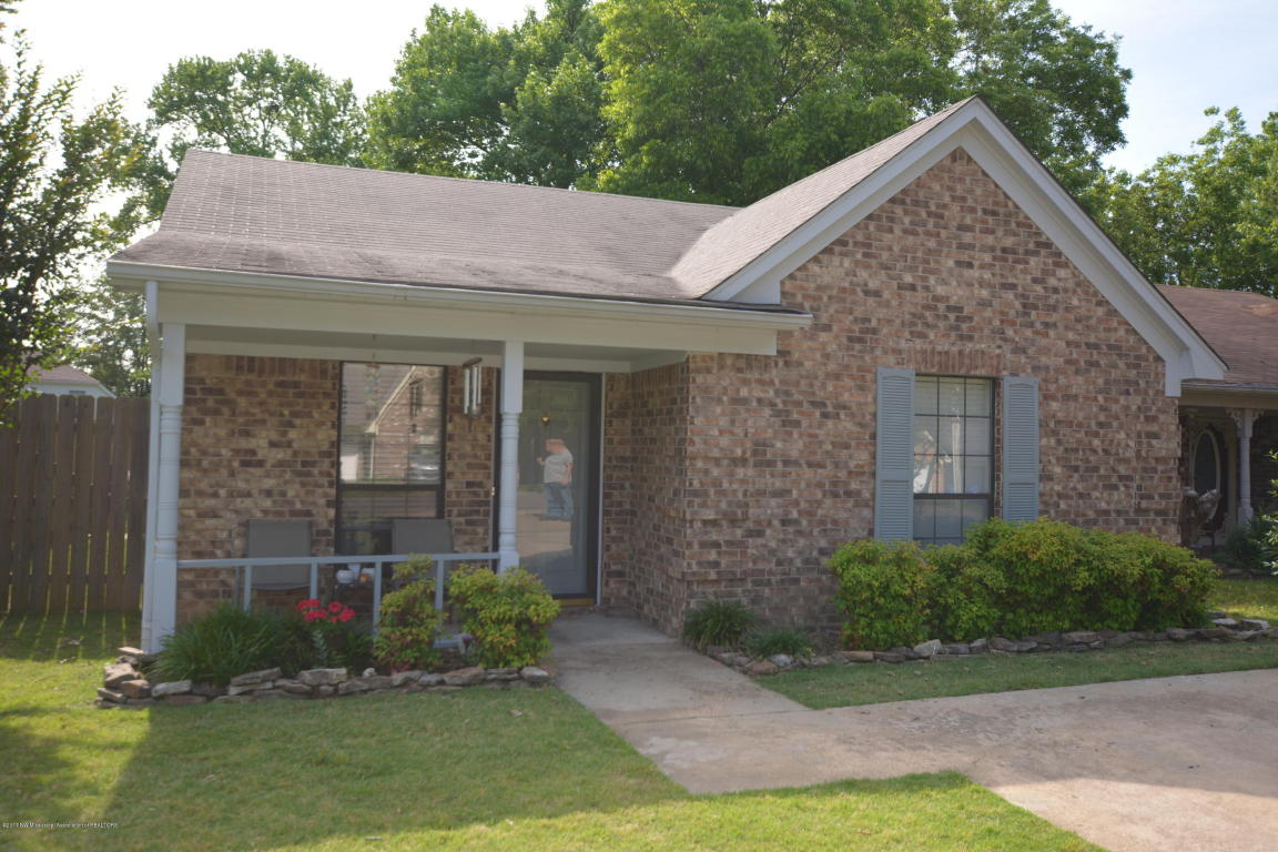Photo of 6851 Maury Drive  Olive Branch  MS
