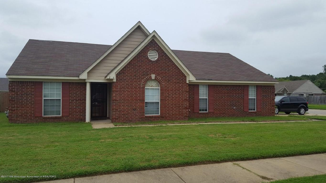 Photo of 2324 Pappy Lane  Horn Lake  MS