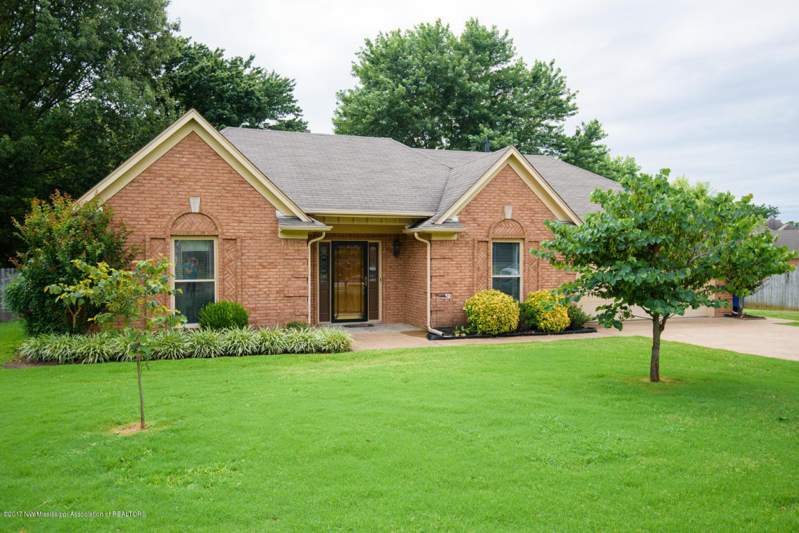 Photo of 6796 Oak Forest Drive  Olive Branch  MS