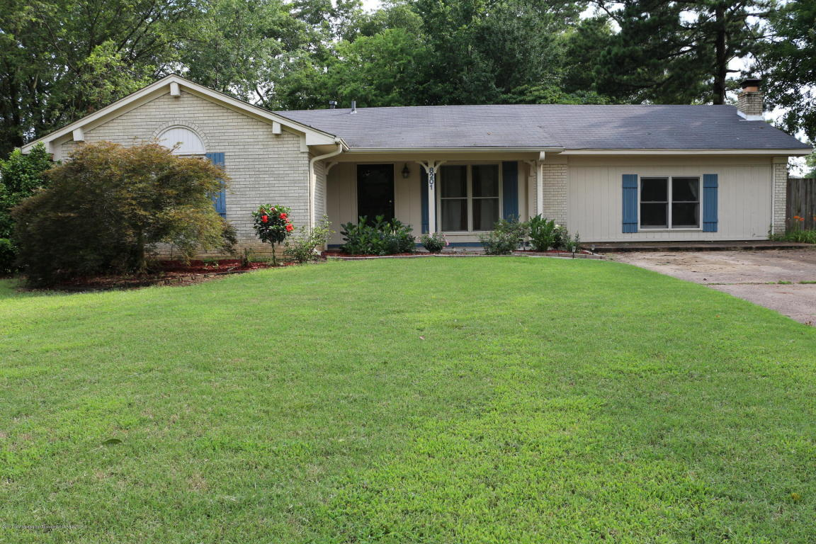 Photo of 8201 Canterbury Drive  Southaven  MS