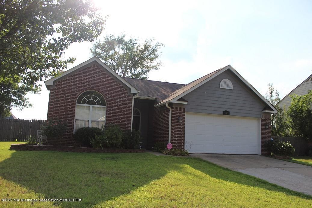 Photo of 7313 Fox Creek Drive  Olive Branch  MS