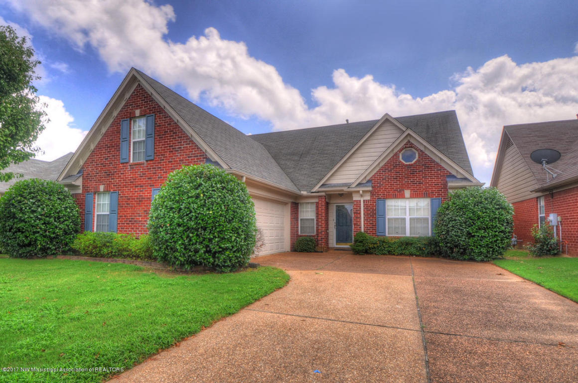 Photo of 9153 Lakeshore Drive  Olive Branch  MS