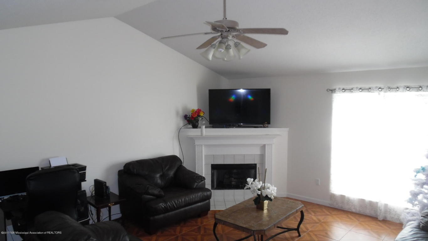 Photo of 8190 Martin Drive  Southaven  MS