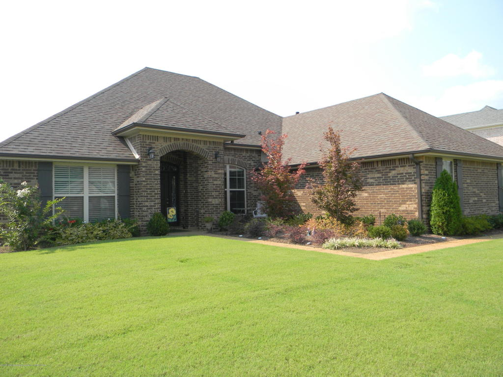 9261 Joe Lyon Boulevard Olive Branch, MS 38654
