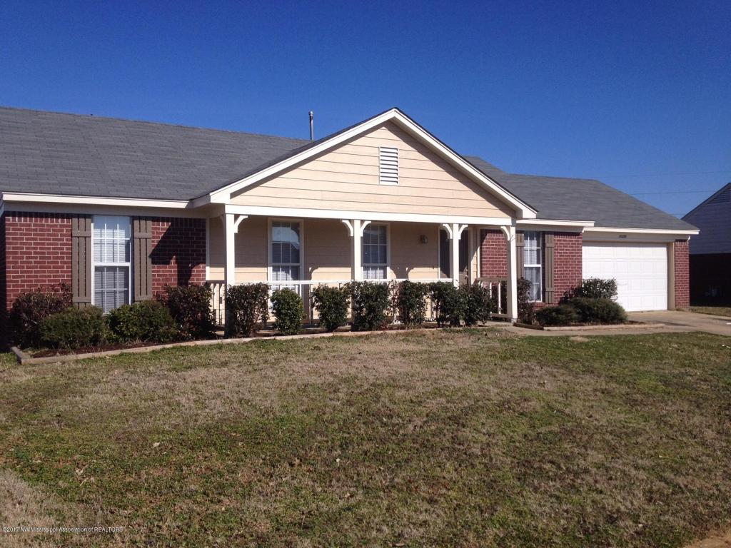 10126 S Oak Run Drive Olive Branch, MS 38654