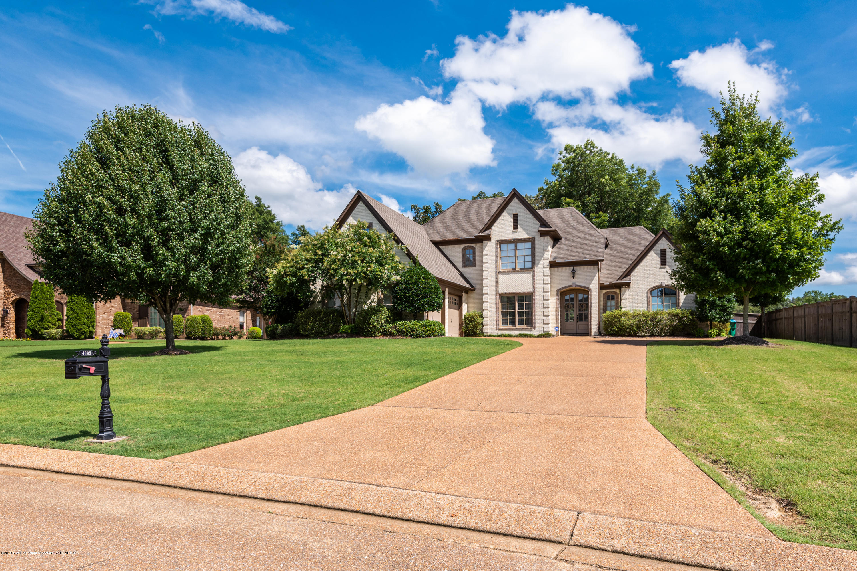 4693 Spring Meadow Cove, one of homes for sale in Olive Branch