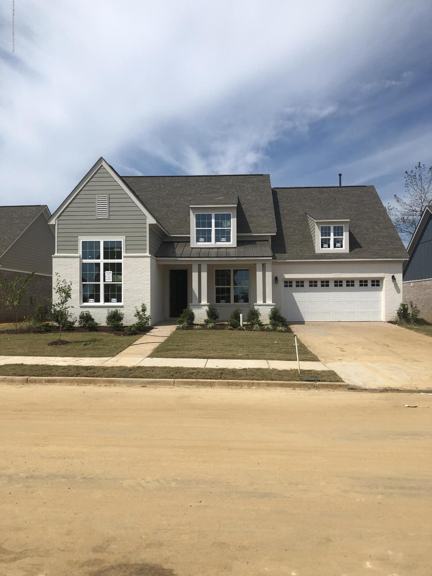 7183 Edgewater Drive, Olive Branch, Mississippi