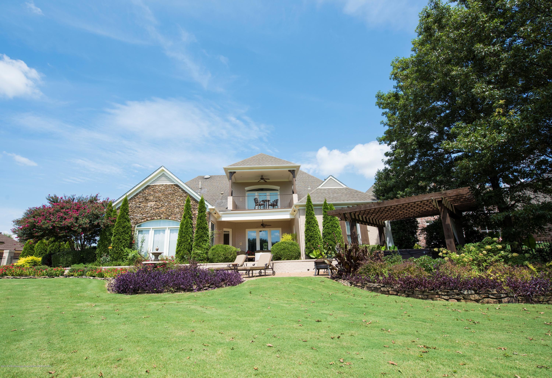 6639 Moondance Drive, Olive Branch, Mississippi