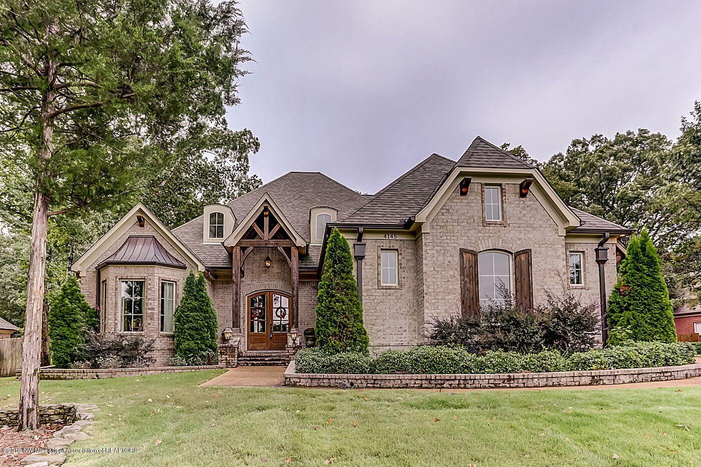 4145 W Dickens Place, one of homes for sale in Southaven