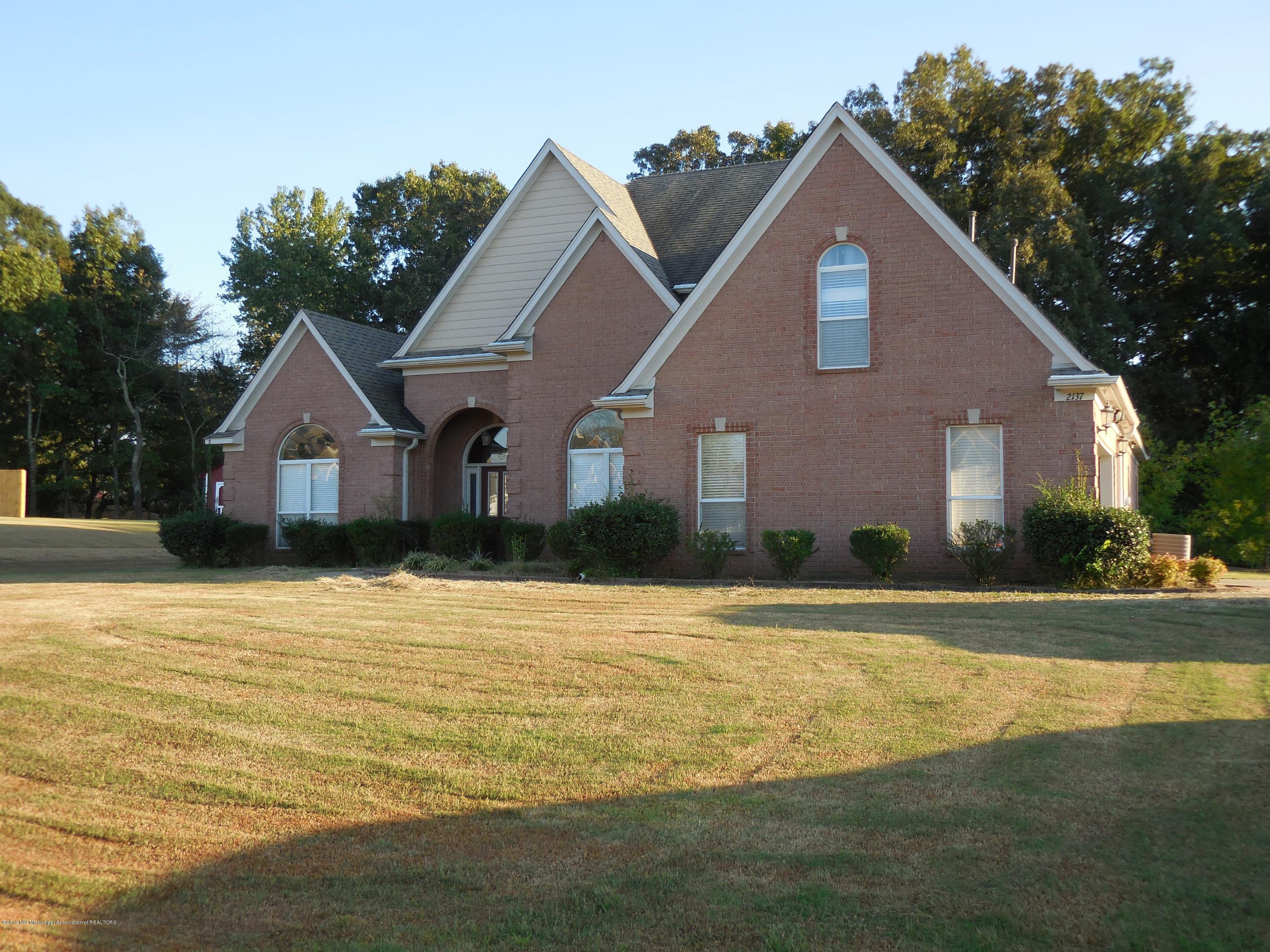 2137 Little Elk Cove, Southaven, Mississippi
