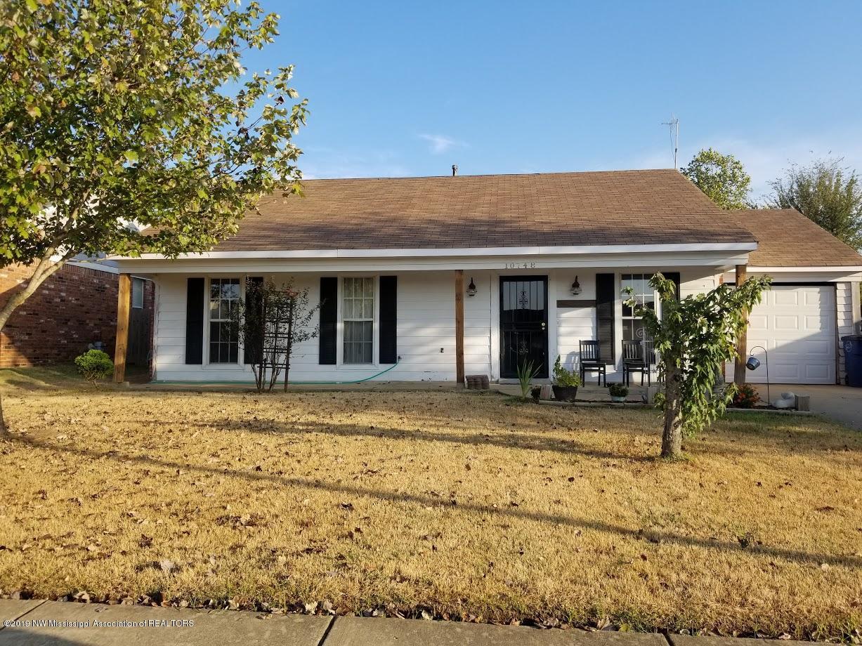 10748 Oak Circle N, Olive Branch, Mississippi