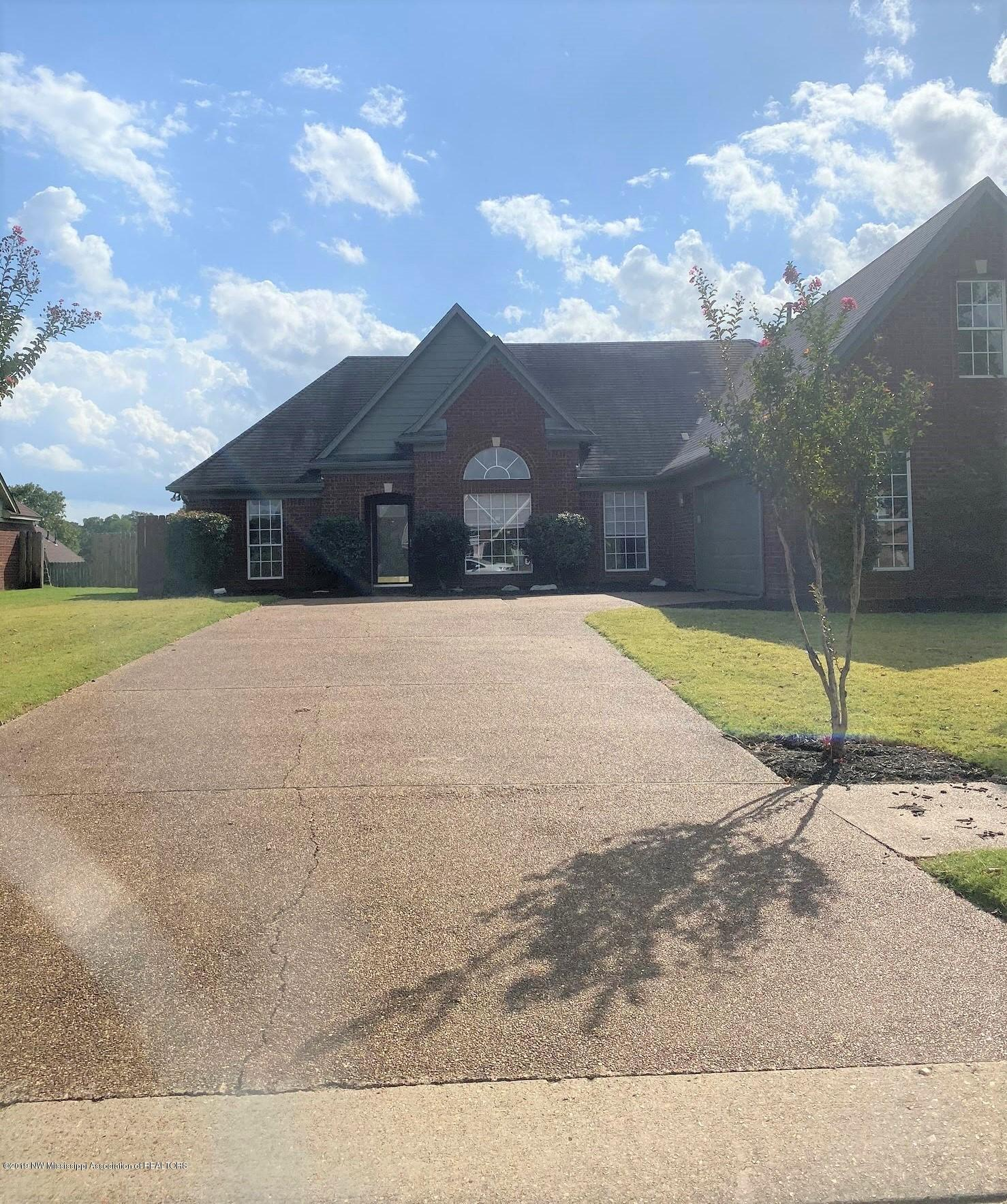 2417 Heather Ridge, Southaven, Mississippi