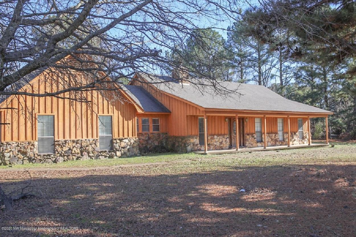 8190 Malone Road, Olive Branch in DeSoto County, MS 38654 Home for Sale