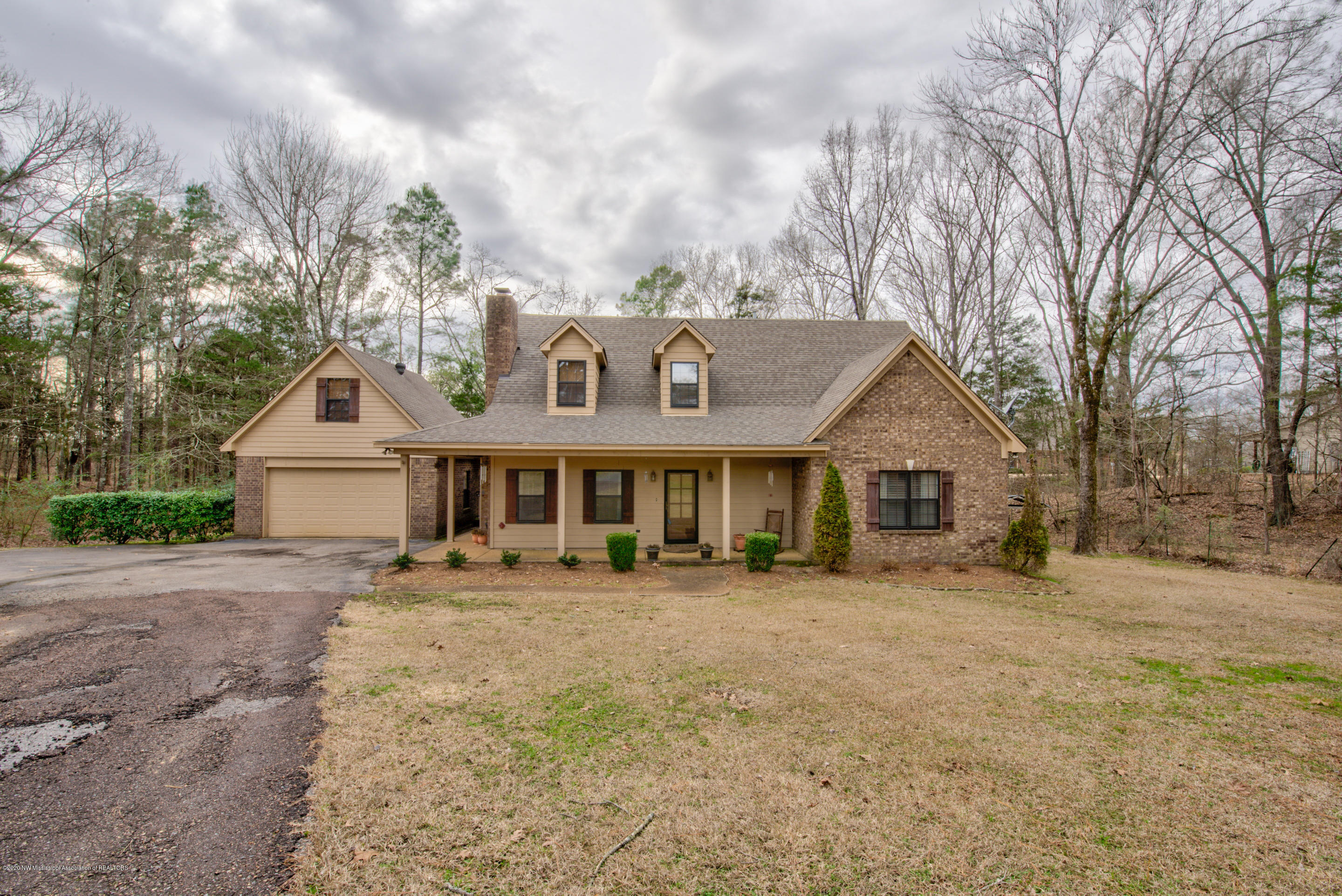 1429 Ross Road, Olive Branch in DeSoto County, MS 38654 Home for Sale