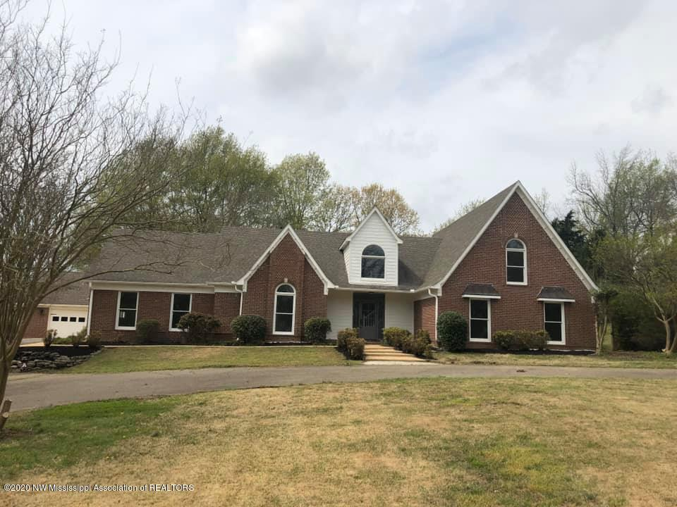 6413 Nellwood Drive, Olive Branch in DeSoto County, MS 38654 Home for Sale