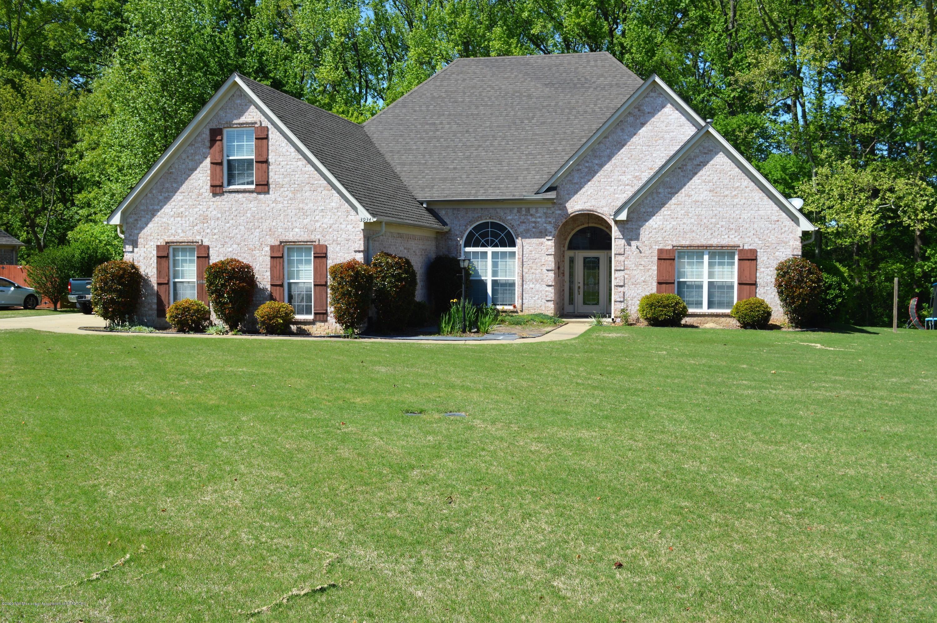 3934 Cobblewood Drive, Southaven, Mississippi