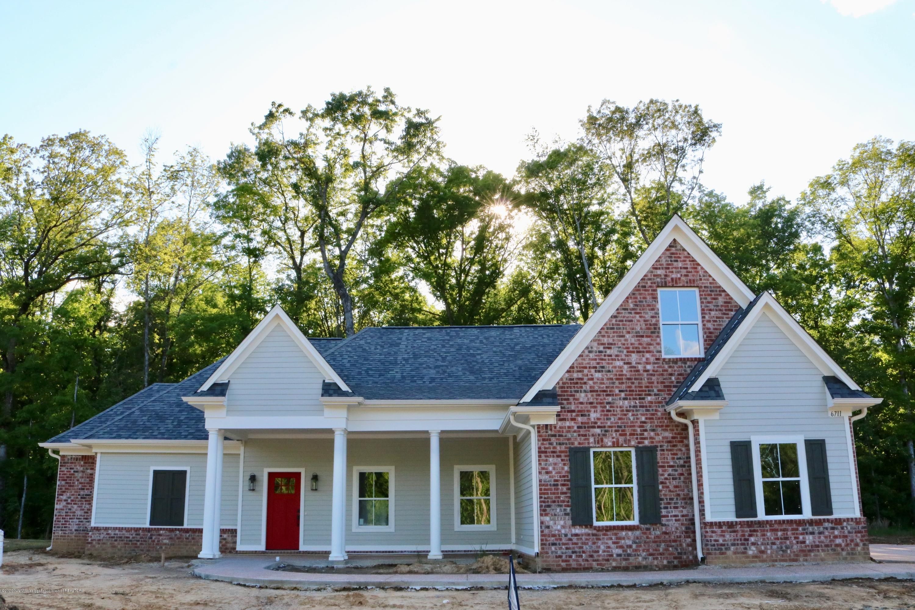 One of Southaven 3 Bedroom Homes for Sale at 6711 Sunny Meadow Cove
