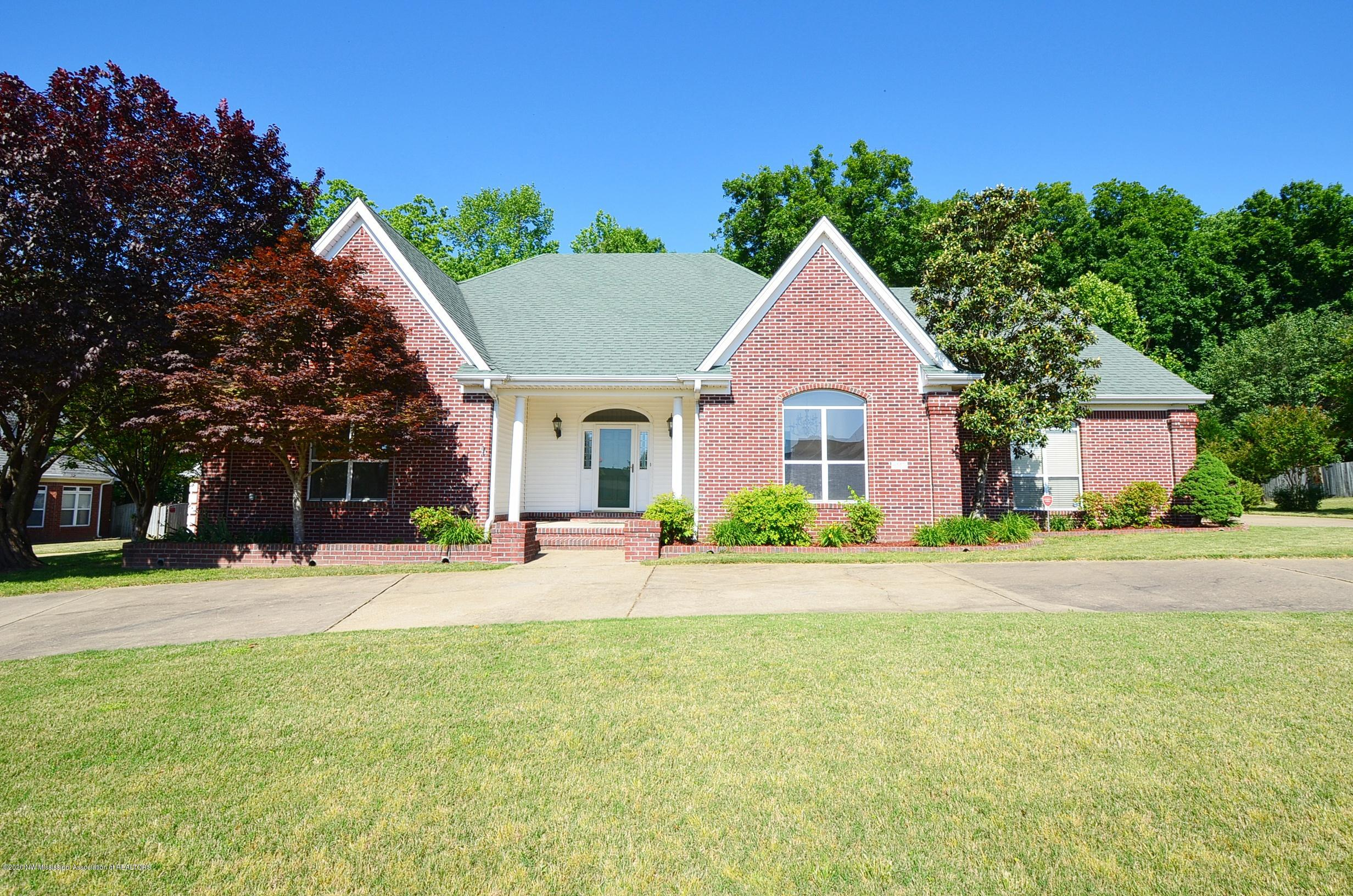 6557 Darren Drive, Olive Branch in DeSoto County, MS 38654 Home for Sale