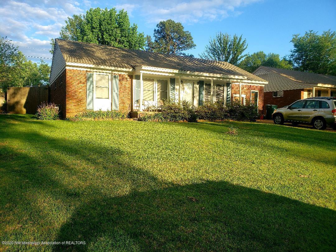 8290 Dottley Drive, Southaven, Mississippi