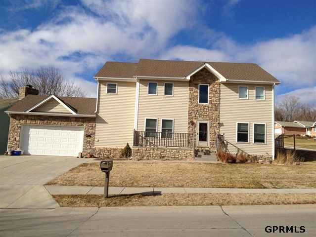 7708 S 45th Ave, Omaha, NE 68157