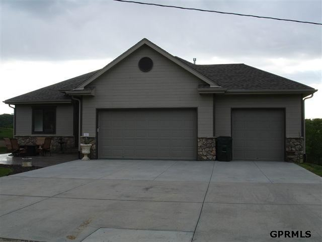 11302 Ramble Ridge Dr, Blair, NE 68008