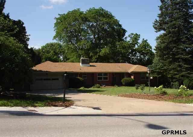 Rental Homes for Rent, ListingId:23846912, location: 8415 Pacific Street Omaha 68124