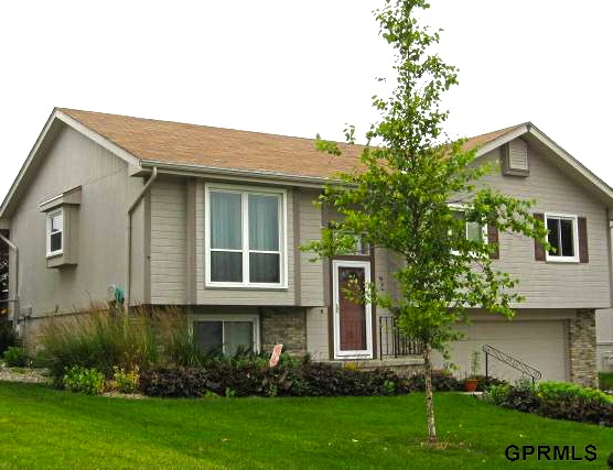 Rental Homes for Rent, ListingId:25724813, location: 5730 N 130th Street Omaha 68164