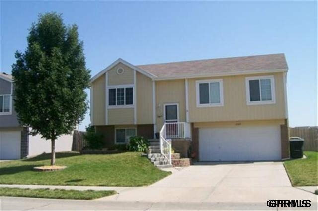 Rental Homes for Rent, ListingId:25785274, location: 17219 Taylor Street Omaha 68116