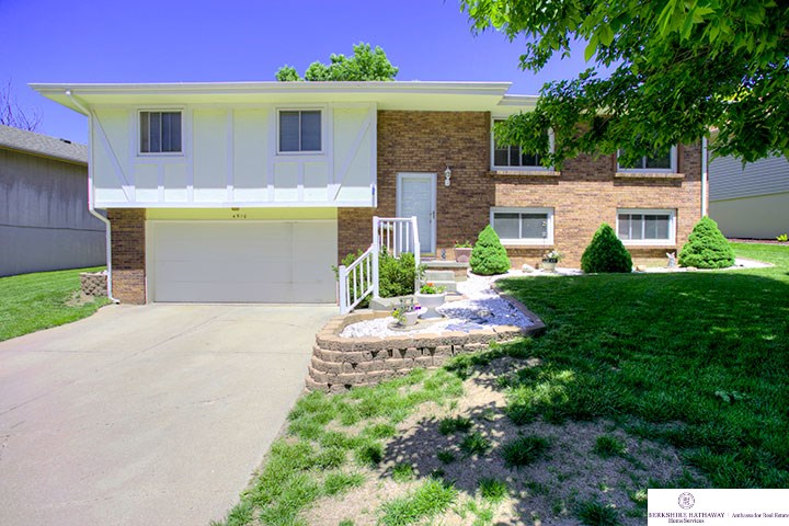Real Estate for Sale, ListingId: 26170067, Omaha, NE  68157