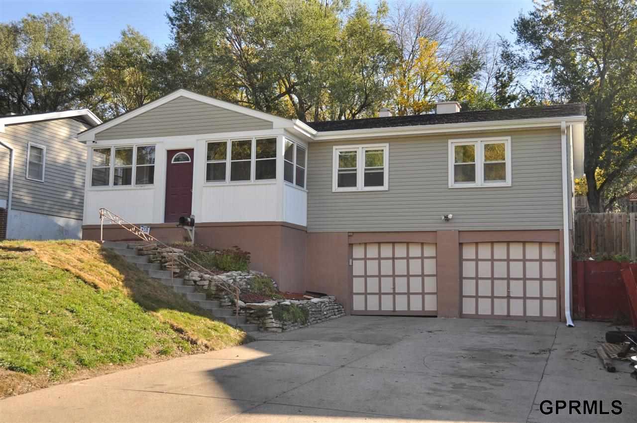 Real Estate for Sale, ListingId: 26175136, Omaha,NE68104