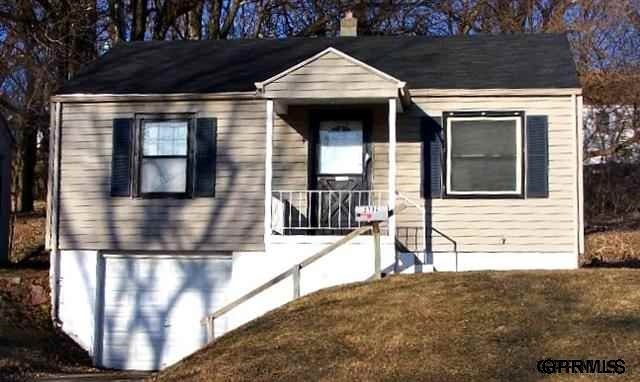 Rental Homes for Rent, ListingId:26212443, location: 3732 N 39th St Omaha 68111
