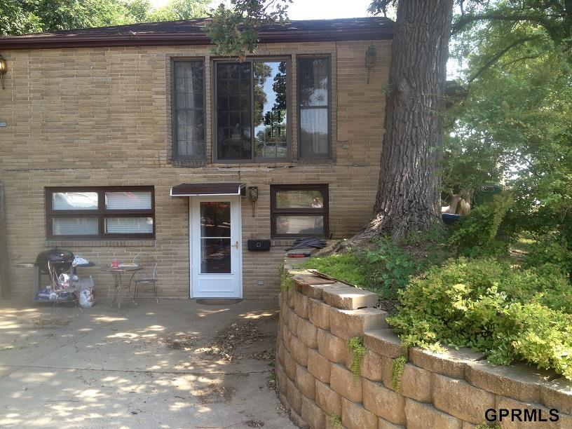 Rental Homes for Rent, ListingId:26444681, location: 1724 Deer Park Omaha 68108