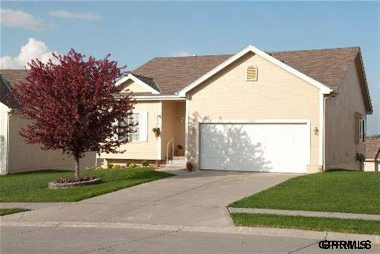Rental Homes for Rent, ListingId:27015706, location: 4965 S 190th Ave Omaha 68135