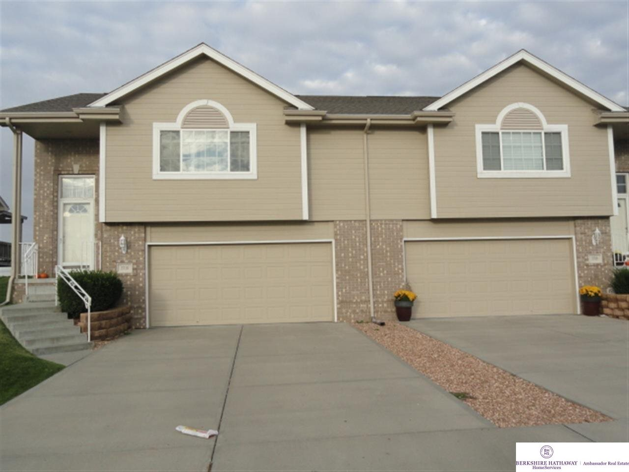 Rental Homes for Rent, ListingId:27058692, location: 3710 S 202nd Ave. Omaha 68130