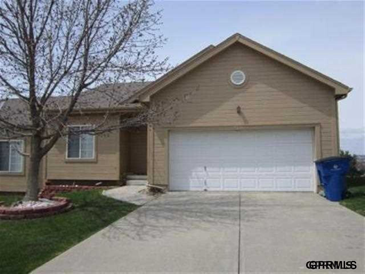 Rental Homes for Rent, ListingId:27128948, location: 6724 S 117th Street Omaha 68137