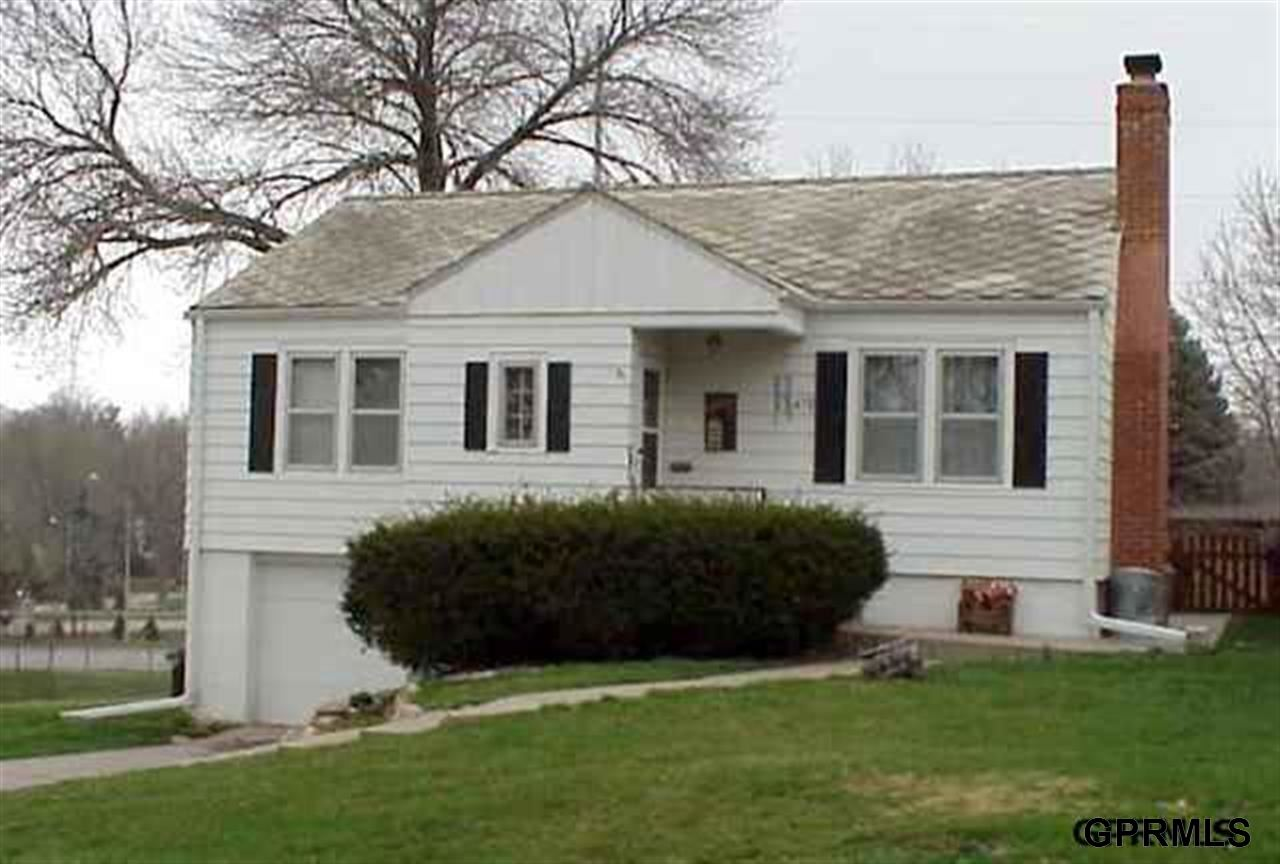 Rental Homes for Rent, ListingId:27500973, location: 6478 Pierce Omaha 68106