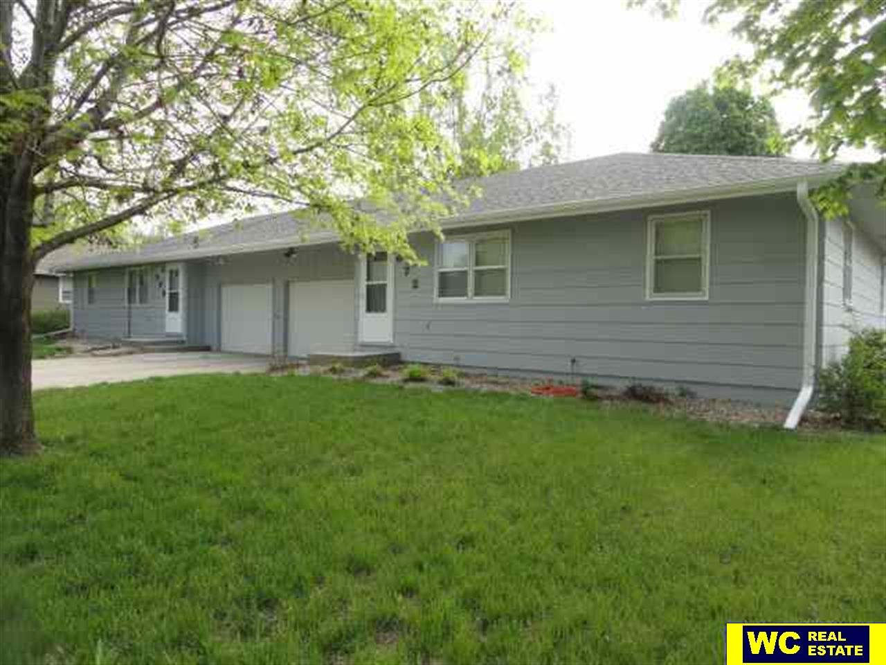 672 N 14th Ave, Blair, NE 68008